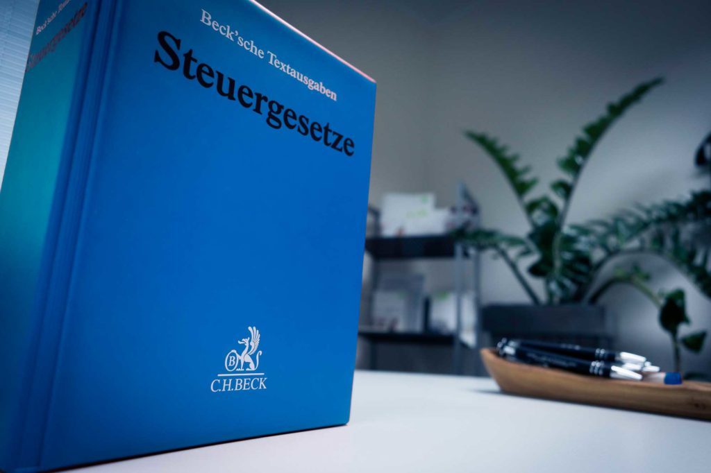 steuerberatung-riedmeier-steuerbuch-xs